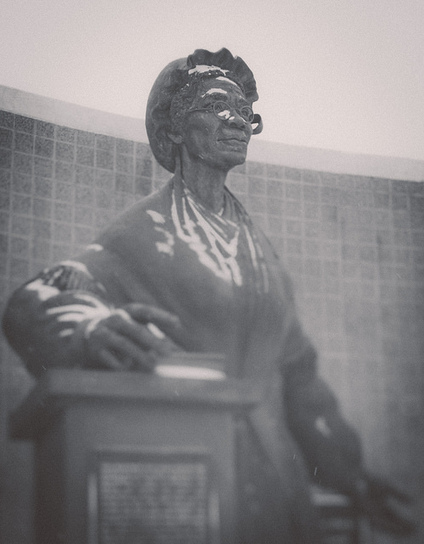 Statue of Sojourner Truth | Flickr - Photo Sharing! | women statues | Scoop.it