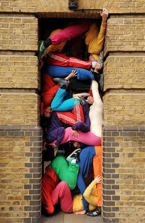 Bodies in urban spaces – Des corps humains entassés dans la rue | DANSES | Scoop.it
