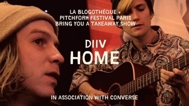 "LIVE SESSIONS: Watch DIIV Perform a Spare, Haunting Version of ""Home"" in a Paris Restaurant (Paris 2012) 