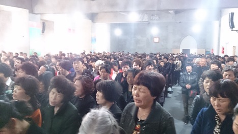 Why Chinese Christians are camping out to save their church and cross from demolition   Church Demolition Threat Sparks Sit-In in Wenzhou, China   Scoop.it