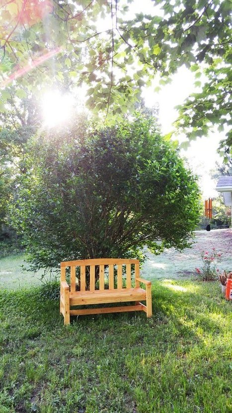 DIY 2x4 Wood Bench | HowToSpecialist - How to Build, Step by Step DIY Plans | Garden Plans | Scoop.it