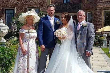Welcome to the wedding website of Julie and Doughty | Plus Sizes Mother of the Brides | Scoop.it
