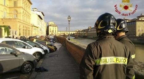 V historickej Florencii sa prepadlo nábrežie, v 200-metrovej jame zostali desiatky áut | Jan Vajda Attorney at Law | Scoop.it