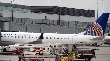 3 people on SkyWest flight lose consciousness, forcing emergency landing | Creating designs 'fit' for people! | Scoop.it