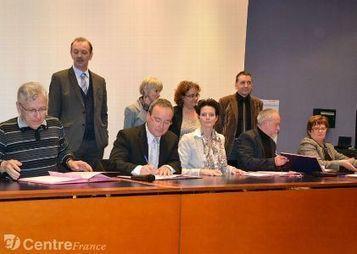 Sous l'impulsion de l'Académie de Clermont, un Comité local école-entreprise (CLéE) s'organise   Liens entre l'école et l'entreprise   Scoop.it