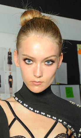 Couture Fashion Week: The Best Beauty Looks | Something Beautiful | Scoop.it