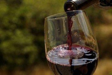 Le marché des vins de Bordeaux à la baisse après des années de progression | Laurent ABADIE | Actualités | Le vin quotidien | Scoop.it
