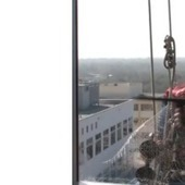 Awesome Window Washers Dressed Up As Spiderman When They Visited a Children's Hospital | Hrdinstvo | Scoop.it