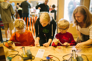 Resources for Makers, Artists, & Tinkerers ^ remake learning | Into the Driver's Seat | Scoop.it