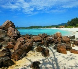 Take boat along the way to the Stunning Beaches- LIPE ISLAND | Make a Trip & Travel to the beach. | Scoop.it