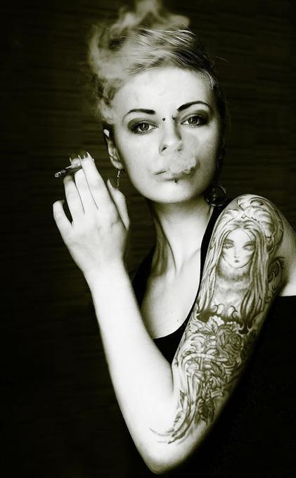 One Person, 15 Self-Portraits | Abduzeedo | Graphic Design Inspiration and Photoshop Tutorials | CRAW | Scoop.it