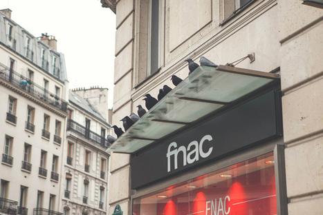 Des corbeaux sur la façade de la FNAC pour la sortie du DVD de Game of Thrones | streetmarketing | Scoop.it