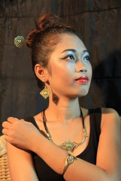 fair trade Cambodia. Jewelry Made From Bomb Shell & Bullet Casing hair pin, earrings, bracelet,ring, necklace, ethically handmade by disadvantaged home based women & men workers. www.craftworkscamb...   Recycled Bomb Casings & Bullet Shell Jewellery   Scoop.it