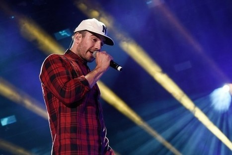 Sam Hunt Drops 'Break Up in a Small Town' as New Single [LISTEN] | Country Music Today | Scoop.it