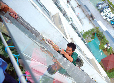 Guizhou boy decides workers outside his apartment are too loud, cuts safety rope | Woodworking, CNC, 3D Printing & Construction | Scoop.it