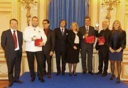 Henri Loyrette, Yves Marre et Guillaume Gomez, lauréats du Prix du Rayonnement français 2012   Du bout du monde au coin de la rue   Scoop.it