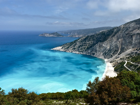 Spend A pleasant Time In Myrtos Beach, Greece | bestholidayplaces | Scoop.it