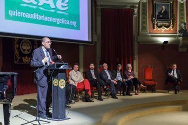 La gestión energética de un país ha de estar en manos de profesionales preocupados por los intereses del ciudadano.   AHORRO ENERGÉTICO, EFICIENCIA Y ENERGIAS RENOVABLES   Scoop.it