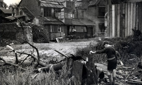Astonishing black and white photos show desolate Chelsea after Blitz | British Genealogy | Scoop.it