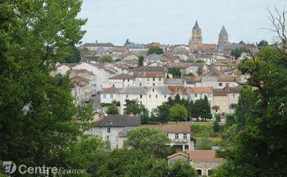 St Junien, la cité Gantière, a été marquée par une hausse de fréquentation en 2014 | Actualités du Limousin pour le réseau des Offices de Tourisme | Scoop.it