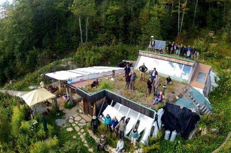 [Témoignage] Une maison écologique… construite avec des pneus (Québec) - Earthship | Immobilier | Scoop.it
