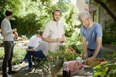 Quatre amoureux des légumes témoignent | écovillage | Scoop.it