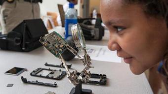 Companies back STEM efforts as Maryland seeks to revamp science education - Baltimore Sun | Learning | Scoop.it