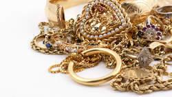 Verarmd Italië moet juwelen van oma verkopen | UIT DE KRANTEN BY PATRICIA FAVETTA | Scoop.it