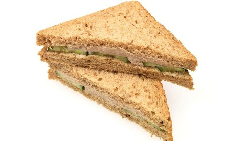 Feeling down? Try a tuna sandwich: Eating the fish found to reduce risk of depression by 25% - but only if you are a woman | Kickin' Kickers | Scoop.it