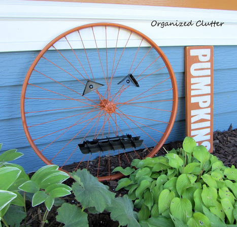 Organized Clutter: An Up-Cycled Bicycle Wheel Garden Pumpkin | Garden Ideas by Team Pendley | Scoop.it