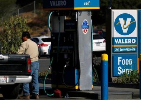 U.S. gasoline consumption growth may slow in 2017: Kemp@offshore stockbroker | Stockbroker | Scoop.it