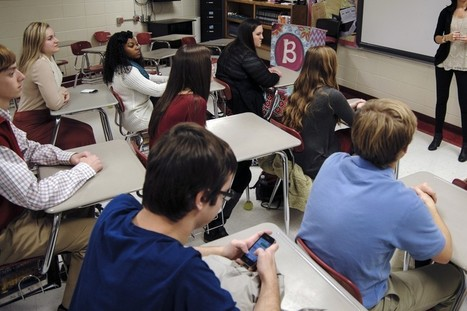 Should Smartphones Be Banned From Classrooms? | InEdu | Scoop.it