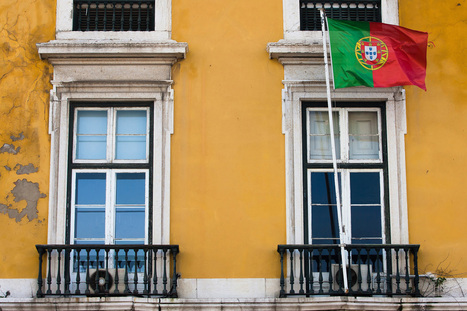 Portugal Bond Gain Pushes Yield to 8-Year Low After Debt Auction | Eurozone | Scoop.it