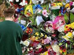 Outpouring of grief for victim of hatred Lee Rigby | The Indigenous Uprising of the British Isles | Scoop.it