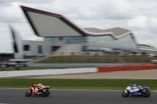 Rossi 'one-season disadvantage', Hayden excited | Crash.Net | Ductalk Ducati News | Scoop.it