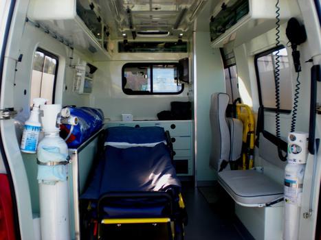Annonces ambulances occasion - VOIR LES ANNONCES d'ambulance occasion à vendre sur OCAZOO. | LE TRANSPORT | Scoop.it