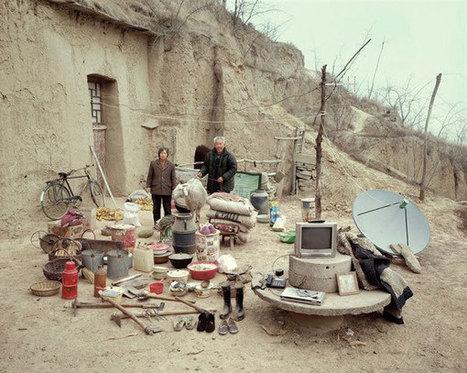 Huang Qingjun photographie des familles chinoises et leurs biens en plein air | L'oeil du photographe: actualité, évènements, matériel photo, conseil de réalisation | Scoop.it