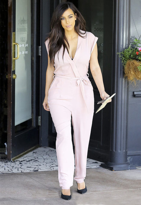 "Kim Kardashian Shows Off Curves In Pink Cleavage-Baring Romper: Picture | ""FOLLIEWOOD"" 