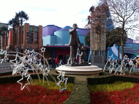 Merry Christmas, Walt Disney! on Twitpic   Disneyland Paris   Scoop.it