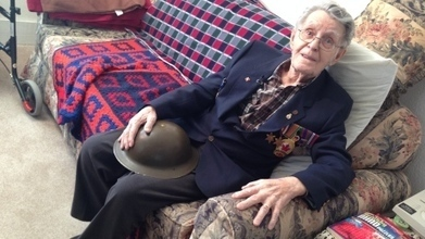 Second World War soldier reunited with helmet after 70 years | Combat Camera | Scoop.it