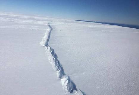 Key glacier in Antarctica is cracking from the inside out | The EcoPlum Daily | Scoop.it