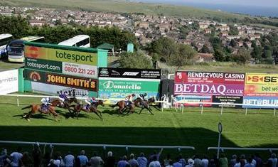 Talking Horses: Win a £25 bet in our daily racing blog tipping contest - The Guardian | Creating Great Blogs | Scoop.it
