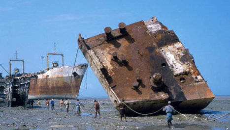 Ship-breaking hurts Bangladesh's fragile coasts - SciDev.Net South Asia | Asbestos | Scoop.it