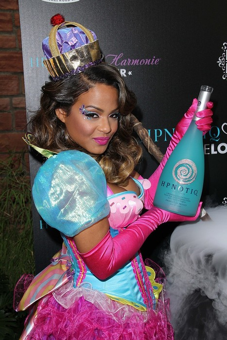 Oops le sein sexy de Christina Milian pour Halloween ! - photo | Radio Planète-Eléa | Scoop.it