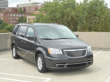 Used 2012 Chrysler Town & Country 4dr Wgn Touring For Sale - HU2045 | White Plains NY | Serving Larchmont, Bronx, Yonkers | Automotive | Scoop.it