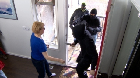 Danger in Disguise? Home Security Tips for When Someone Comes Knocking at Your Door | Home Security Tips by The Security Sensei (Jordan Frankel) | Home Security Tips | Jordan Frankel | Scoop.it