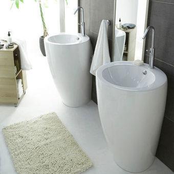 Relooker une salle de bains : Changez votre vieux lavabo pour gagner en design