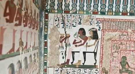 Descubren dos tumbas egipcias llenas de murales prácticamente intactos   Jugando con la Historia   Scoop.it