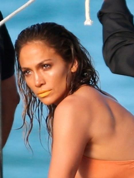 Jennifer Lopez's Orange Lips — Love Or Loathe? Vote - Hollywood Life | CLOVER ENTERPRISES ''THE ENTERTAINMENT OF CHOICE'' | Scoop.it