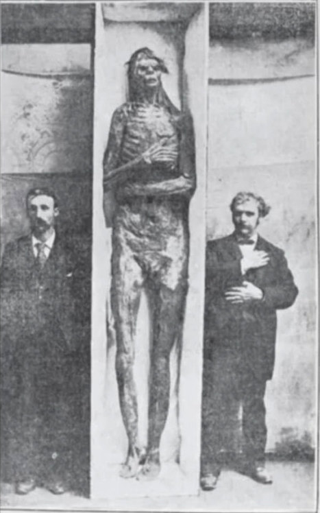 Cryptozoologist raising funds to study Lovelock Cave Giants | Strange days indeed... | Scoop.it